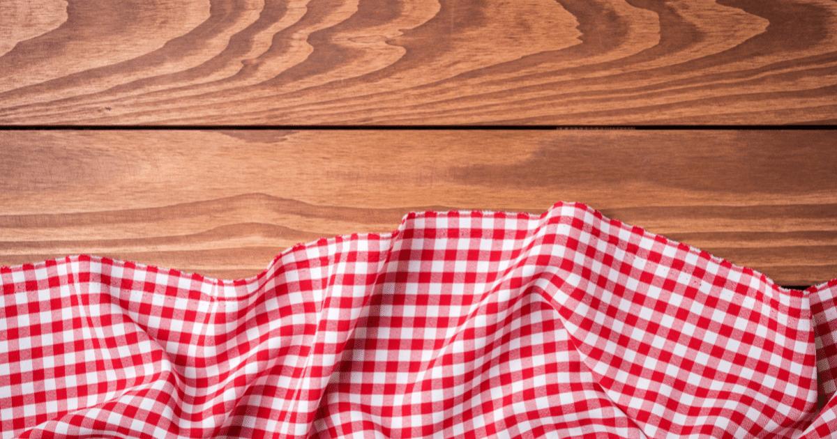 Fine Linen & Tablecloths